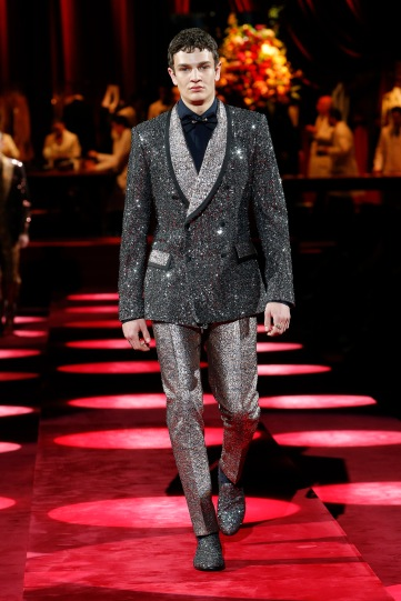 dolce-and-gabbana-fall-winter-2019-20-men-fashion-show-runway-119