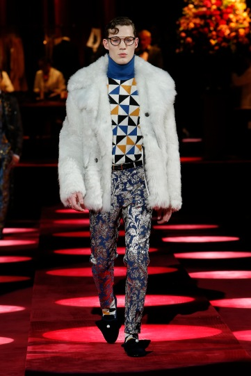 dolce-and-gabbana-fall-winter-2019-20-men-fashion-show-runway-83